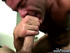 Older gay masseur gives handjob to straight client